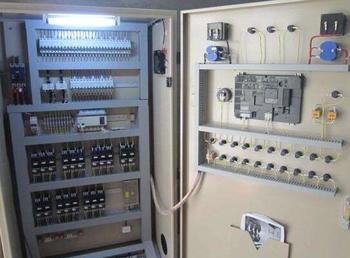 變頻器控制柜安裝、濟南利瑞電氣(在線咨詢)、臨沂變頻器控制柜