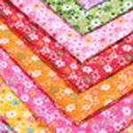厂家直销小花涤纶布料 夏季服装袖套面料 涤纶布印花 箱包里料专用布料