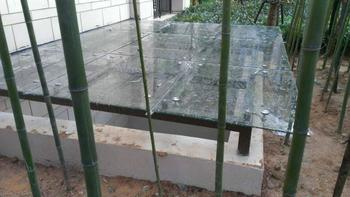 供應玻璃雨棚價格,玻璃雨棚定做,玻璃雨棚價錢