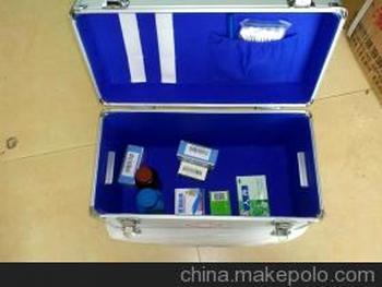 銀色鋁醫藥箱 內配各種常用醫藥用品