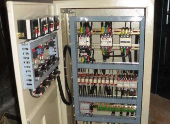 變頻器控制柜編程,濟南利瑞電氣(在線咨詢),臨沂變頻器控制柜